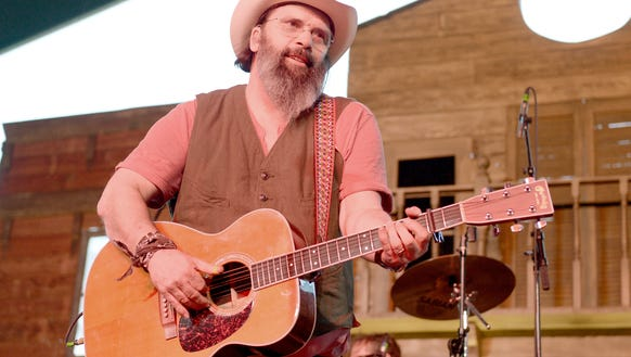 Musician Steve Earle at the Stagecoach, California's