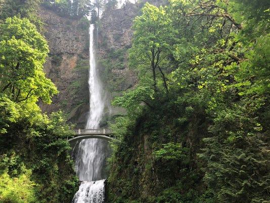 636657919448733890-Multnomah-Falls.jpg