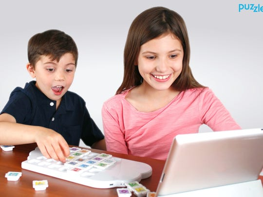 Using toy tiles to program, kids learn to code with