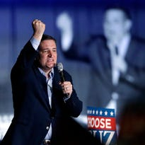 Donald trump tries to connect Ted Cruz's father to JFK assassination