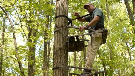 University of Illinois Extension 4-H Natural Resources and Shooting Sports Specialist Curt Sinclair has taught hunter safety for 30 years and leads the Illinois 4-H Shooting Sports program which includes a hunting and outdoor skills curriculum for youth that emphasizes safety and responsibility. Sinclair says anytime a hunter is in a tree, they should wear a safety harness. [Photo/University Illinois Extension]