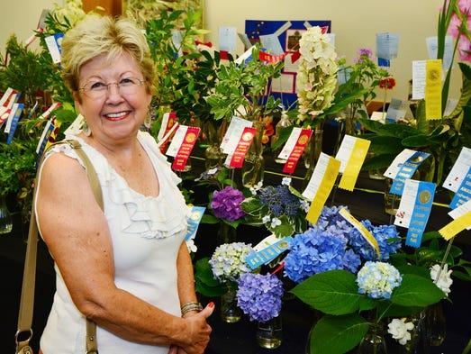 Navarre Garden Club 39 S 39 Garden Fantasies 39 Flower Show