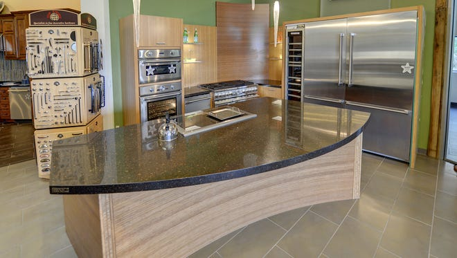 Allstate Appliances, which first opened its doors in the Valley in the 1970s, is clearing out its showroom floor to make room for 2018 models of top brands like Dacor, Gaggenau, Bosch, Thermador, Viking, La Cornue, to name a few.