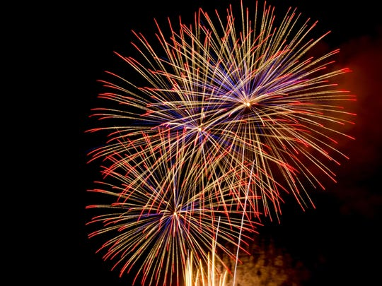 Catch the annual 'Tween Waters Inn Fireworks Show and Tree Lighting to kick off the holiday season on Nov. 27.