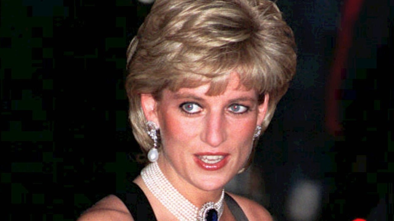 Princess Diana fashion exhibit
