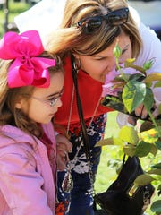 The South Texas Botanical Gardens & Nature Center will celebrate Mother's Day weekend with free admission for moms Friday through Sunday.  Cortina
