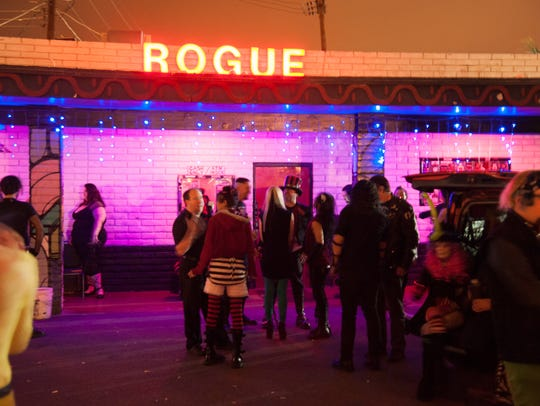 Cupcake! Psycho Circus took over the Rogue Bar in Scottsdale