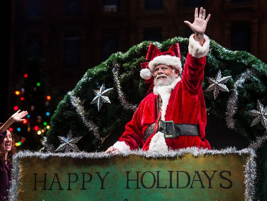 """Naples Players act out a scene from """"Miracle on 34th"""