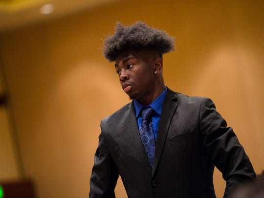 Central-Phenix City receiver Justyn Ross stands to be honored during the Alabama Sports Writers Association Mr. Football award ceremony on Tuesday, Jan. 30, 2018, in Montgomery, Ala.