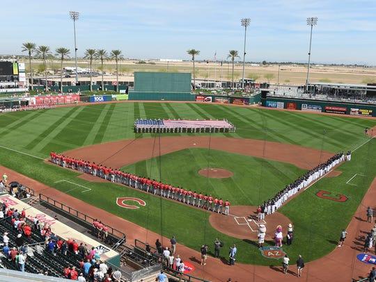 Goodyear Ballpark   JUEGAN: Indios de Cleveland y Rojos