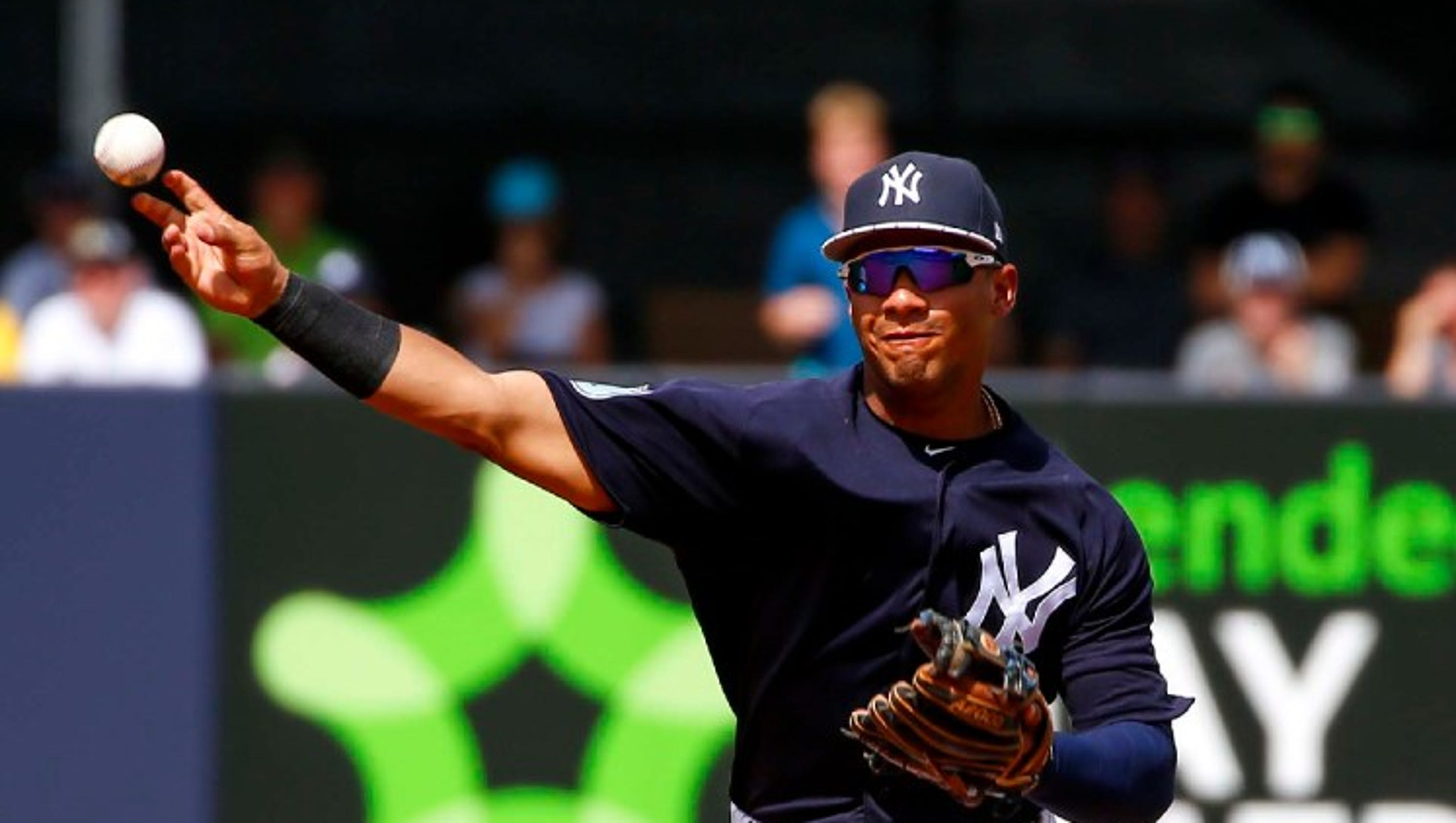 Yankees prospect Gleyber Torres out for season with torn UCL