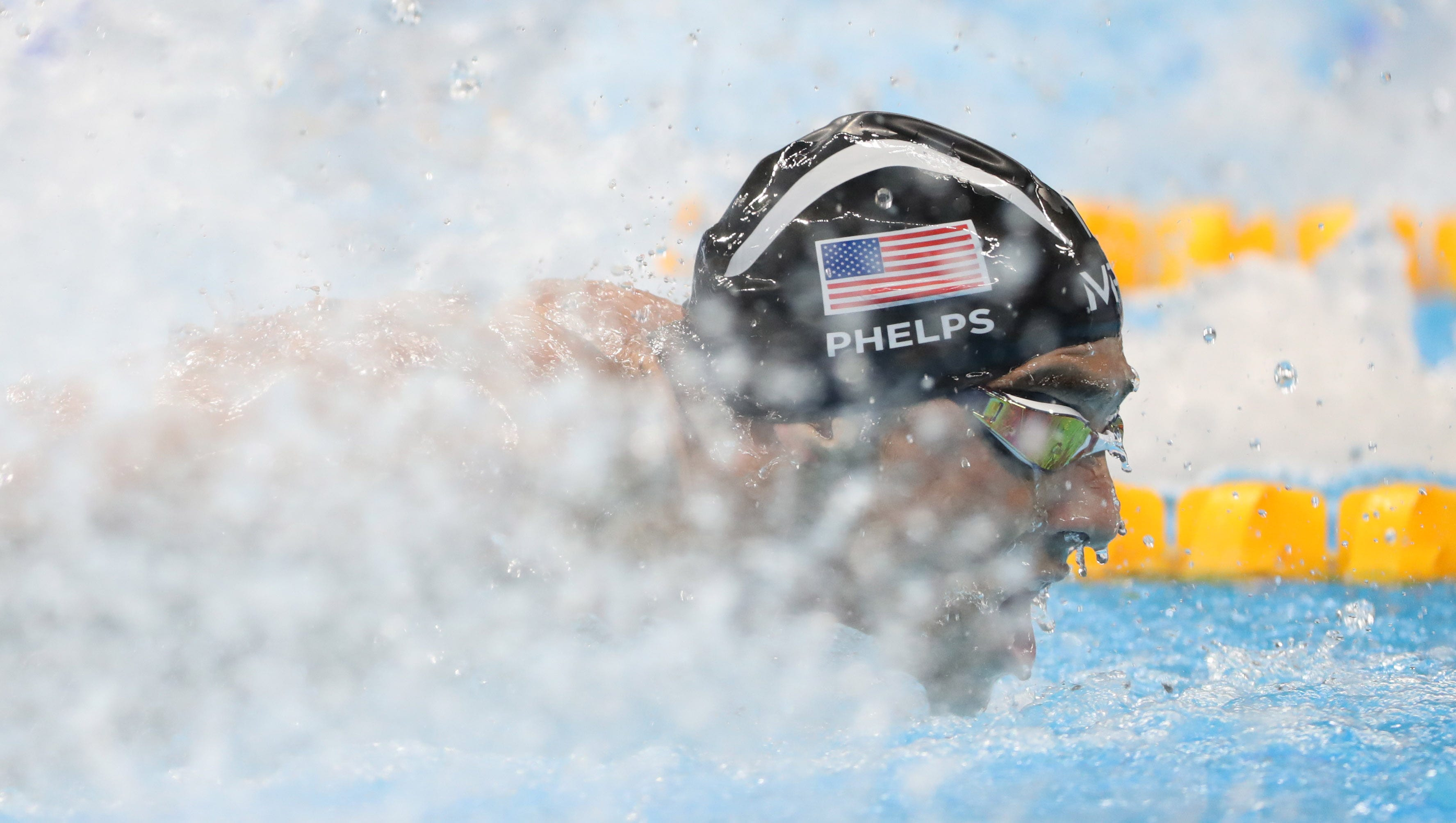 Phelps closes with gold; Manuel adds two medals
