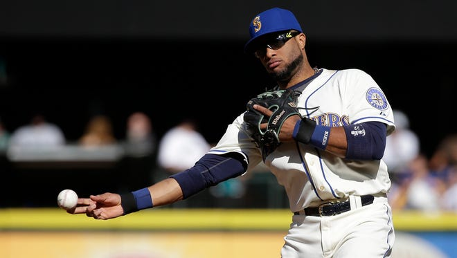 Seattle Mariners' Robinson Cano in aciton in a baseball game Sunday, Oct. 4, 2015, in Seattle.