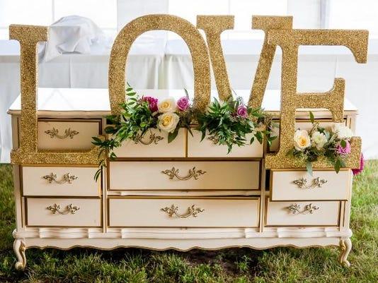 des.adm0126 biz weddings in iowa