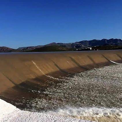 La corriente del Río San Pedro va desde Cananea, Sonora hasta Arizona.