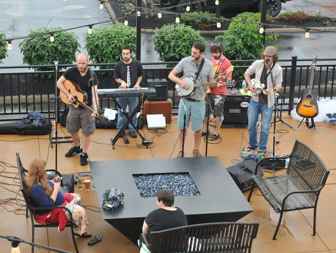 The Shonk Brothers play on the patio at Ale House 1890