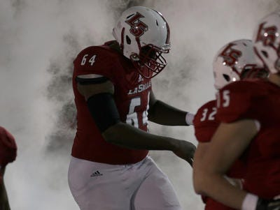 La Salle OL Thayer Munford added offers from Iowa State and Toledo this week.