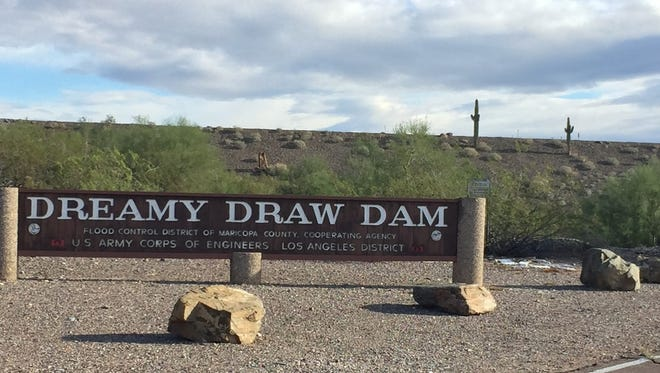 As urban legend would have it, the Dreamy Draw Dam is a cover up for a UFO crash that took place in 1947. In reality it is a dam that was built in 1973 in order to prevent flooding to the surrounding neighborhoods during the monsoon season.