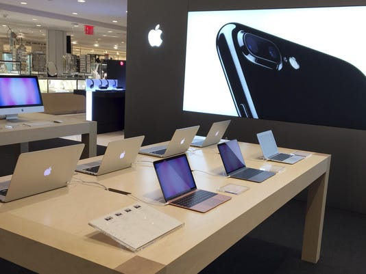 Macys-Apple Store_Van