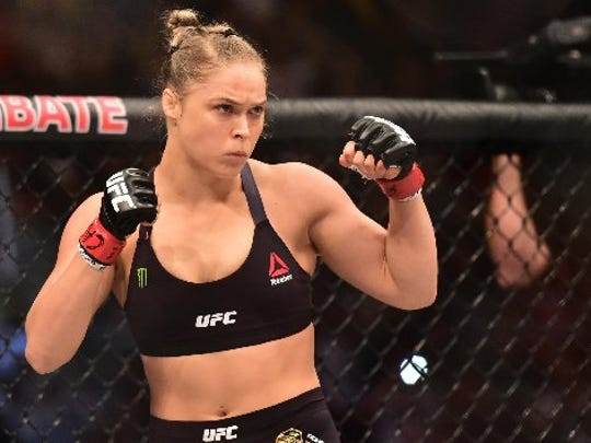 """UFC champ Ronda Rousey says she could take Mayweather in a """"no-rules"""" fight."""