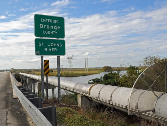 Scenes from the overpass along the St. Johns River