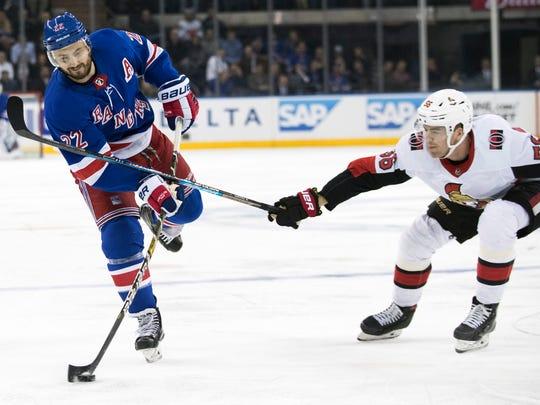 Senators_Rangers_Hockey_13383.jpg