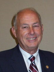 Clyde Holloway