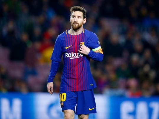 Barcelona's Lionel Messi watches thinkful during the Champions League Group D soccer match between FC Barcelona and Sporting CP at the Camp Nou stadium in Barcelona, Spain, Tuesday, Dec. 5, 2017. (AP Photo/Manu Fernandez)