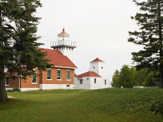 Sherwood Point lighthouse.jpg