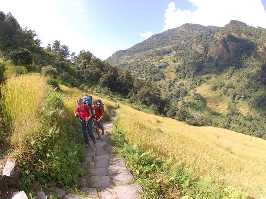 Travel Trip Nepal Family Trekking (3)