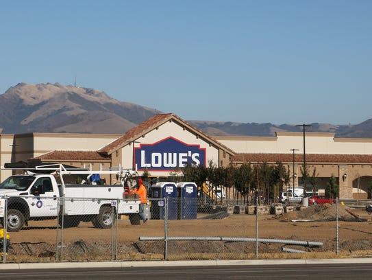 Construction of Lowe's Salinas, E. Boronda Road