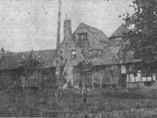 The Broome Mansion on Mill Street, as it appeared in 1906.
