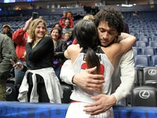 Giants' Evan Engram having a ball watching sister Mackenzie play in NCAA Tournament