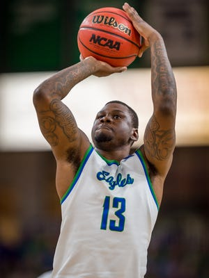 FGCU junior forward RaySean Scott tweeted some time ago that he was leaving the Eagles. But new FGCU coach Michael Fly said on Tuesday that Scott will return.