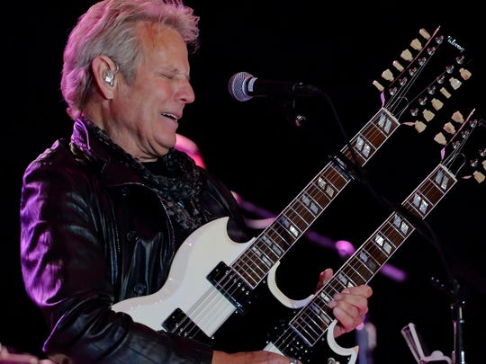 Former Eagles band member Don Felder warms up the crowd.