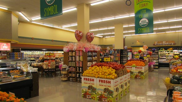 Two Acme Market grocery stores in New Castle County are slated to undergo remodeling this year.