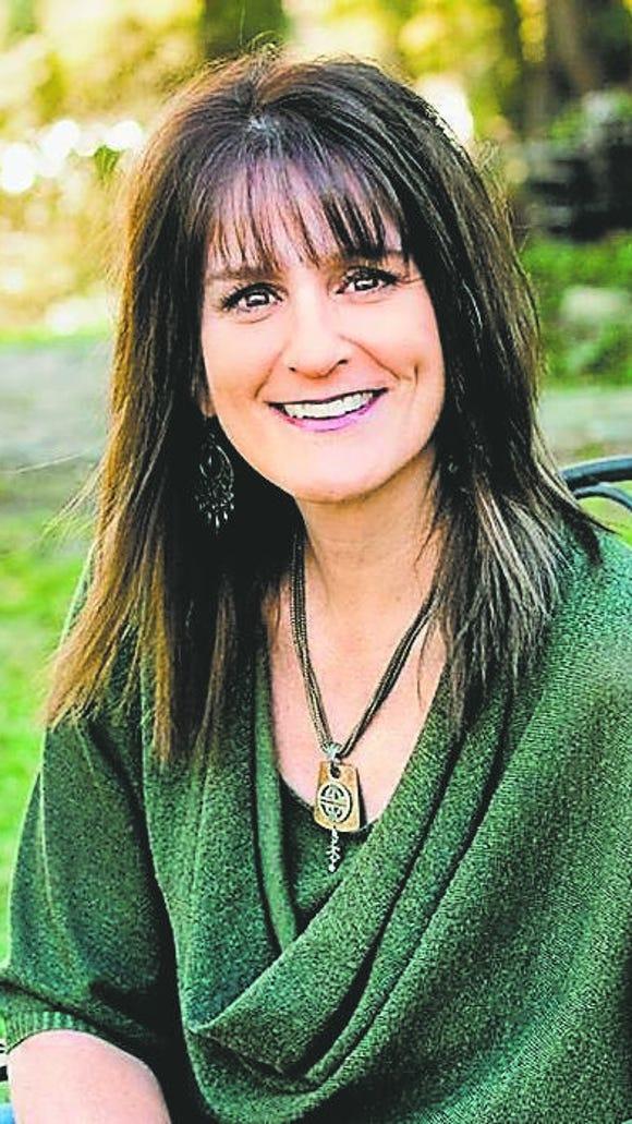 Shellie Tomlinson