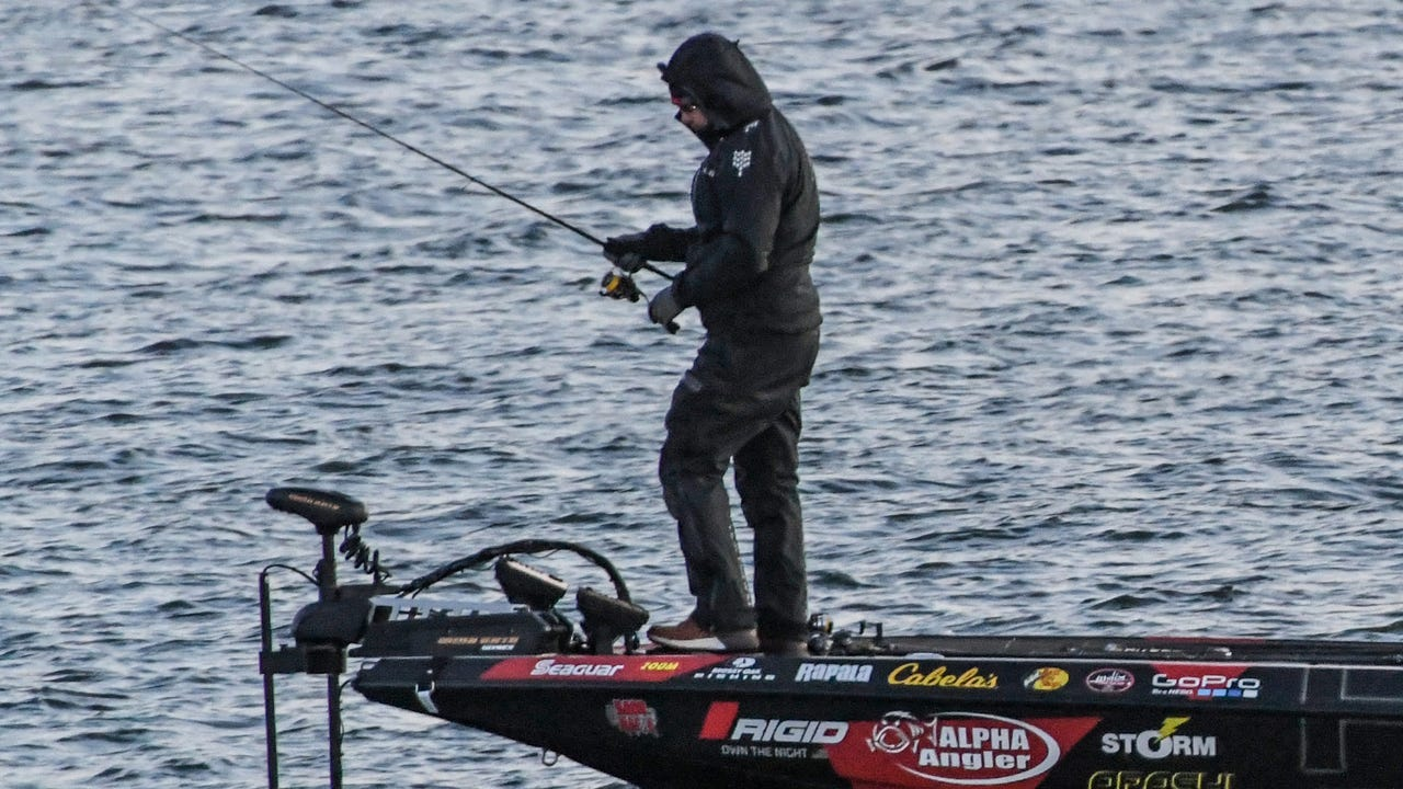 Anglers in the 2018 GEICO Bassmaster Classic launch from Green Pond Landing on Hartwell Lake for practice Wednesday morning at 7:30 a.m.