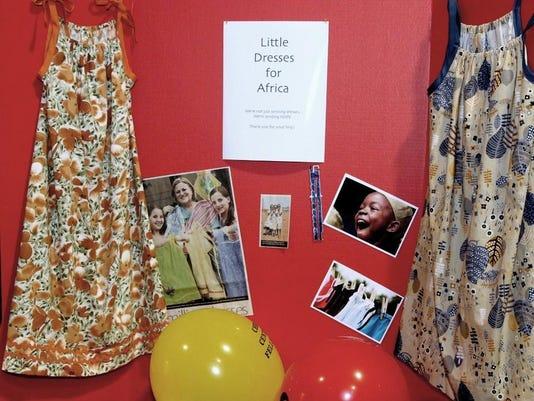 nro 3 Little Dresses