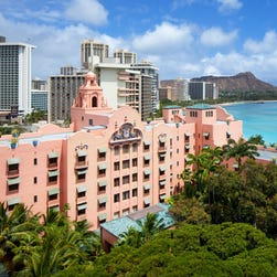 Resort photo tour: Waikiki's classic Royal Hawaiian
