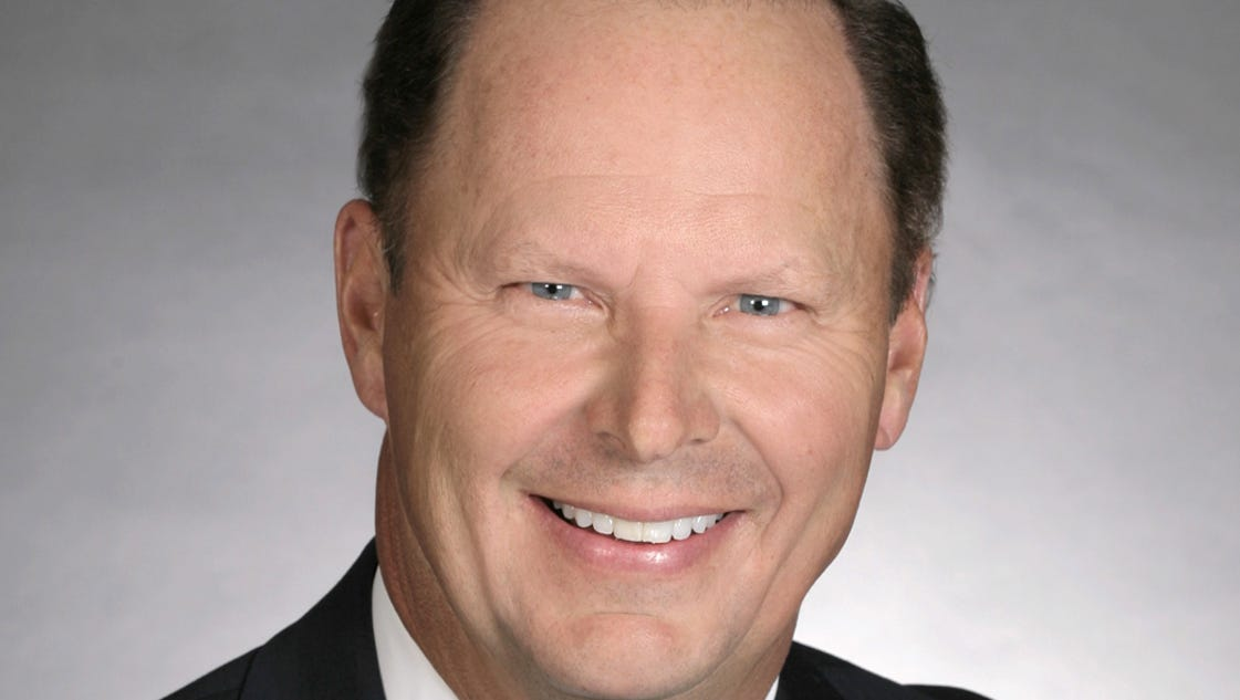 bankers trust names new president