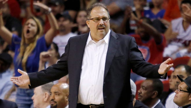 Detroit Pistons coach Stan Van Gundy reacts in the first half against the Miami Heat, Sunday, March 29, 2015, in Miami.