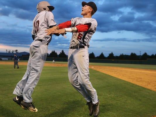 636311824764501107-001-Creek-vs-Houston-Baseball.JPG
