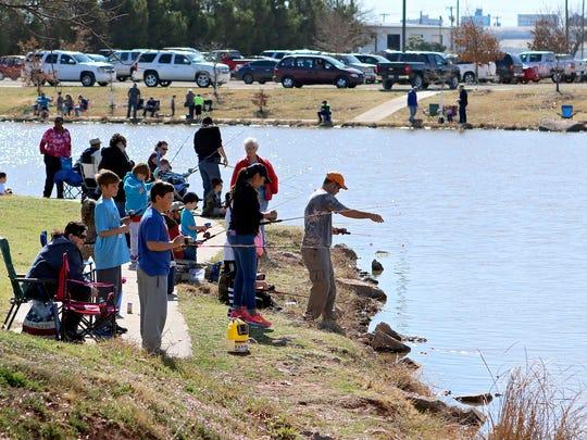 Kids fishing rodeo
