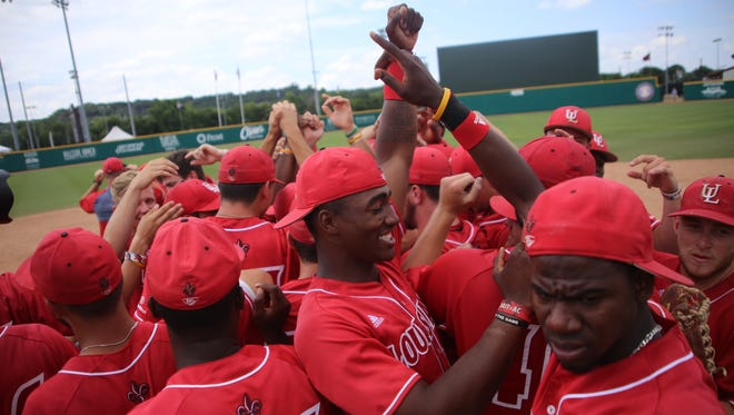 UL Ragin Cajuns celebrate after wining the 2016 Sun Belt Conference title May 29 against Georgia Southern.