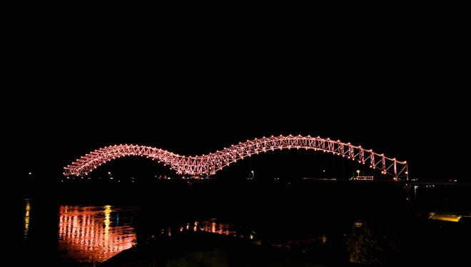 "The new ""Mighty Lights"" on the Interstate 40 Hernando DeSoto Bridge get a test run on Sept. 13, 2018. (Adarryll Jackson)"