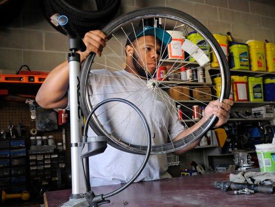 STC 0518 WW Bike repair 1.jpg
