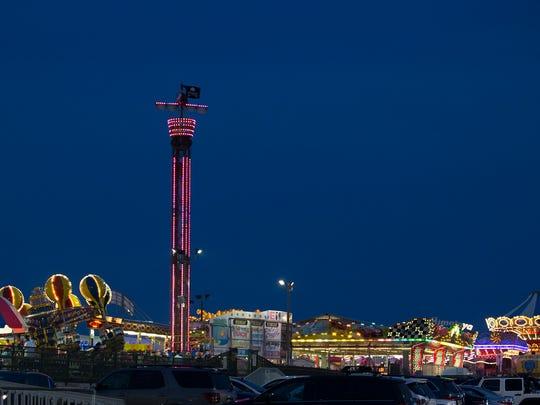 Jenkinson's Boardwalk and Amusements at night on June