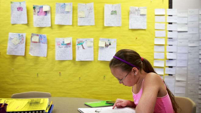 Forty percent of Arizona third-graders passed the AzMERIT English language test by scoring proficient or highly proficient in 2014-15, according to the Arizona Department of Education.
