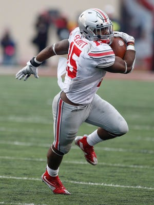 There are growing doubts about Ohio State, but performances like Ezekiel Elliott (15) had against previously unbeaten Indiana are helping the Buckeyes hold their No. 1 spot in the Computer Composite.